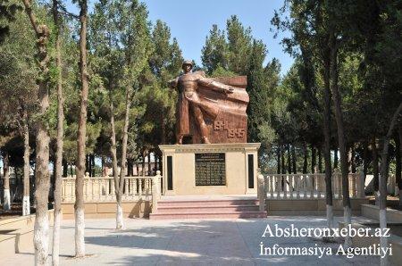 Abşeronda şəhidlərin abidə kompleksi və istirahət parkının açılışı olub